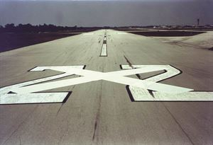 "Picture of  1.8m x 38.8m Temporary Runway ""X"" WHITE Closure Marker"